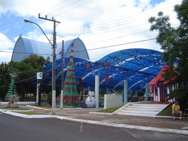 São-Miguel-do-Oeste-praça-central-620x465