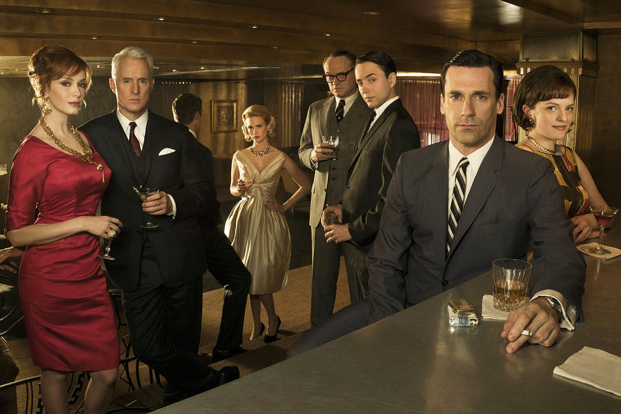 (L-R) Joan Harris (Christina Hendricks), Roger Sterling (John Slattery), Betty Draper (January Jones), Lane Pryce (Jared Harris), Pete Campbell (Vincent Kartheiser), Don Draper (Jon Hamm) and Peggy Olson (Elisabeth Moss) - Mad Men - Season 4 - Gallery - Photo Credit: Frank Ockenfels/AMC